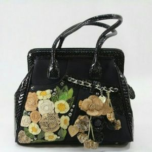 Tosca Blu Black Snakeskin Leather Shoulder Handbag